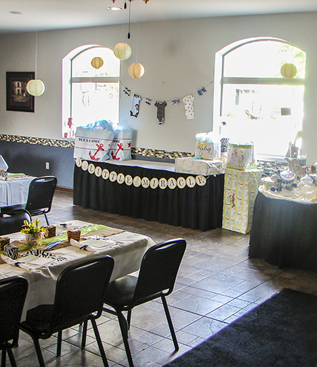 Right Spice offers catering for baby showers, birthdays and anniversaries.